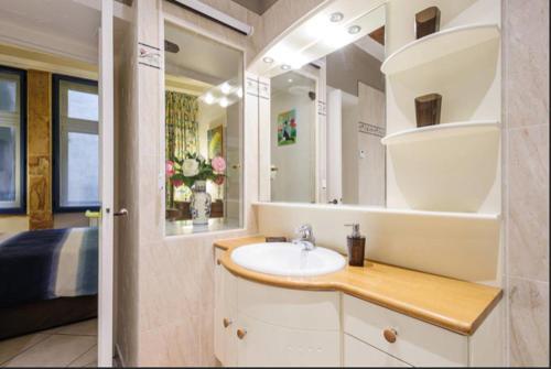 A bathroom at Côté Palais