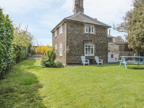 28 Stone Cottage