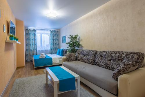 Гостиная зона в KvartalApartments. Kuybysheva 69