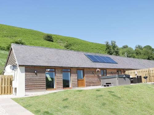 1 Beacon View Barn