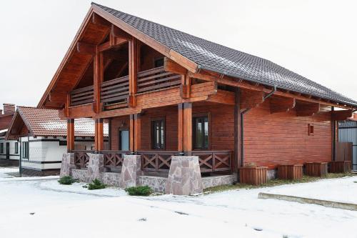 Chalet in Alpine Valley зимой