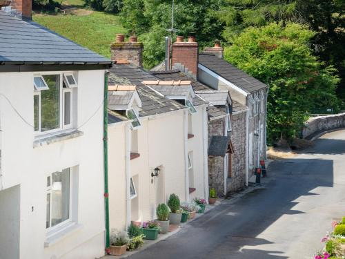3 Horse Pool Road, Carmarthen