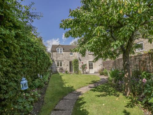 Bluebell Cottage, Stroud