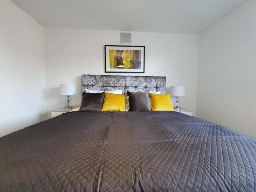 Hampton Leigh - Stylish House in Leamington Spa