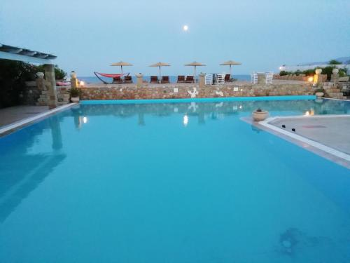 The swimming pool at or close to Vina Beach Hotel