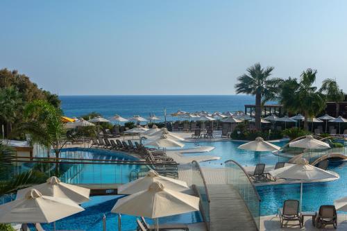 Бассейн в Melissi Beach Hotel & Spa или поблизости