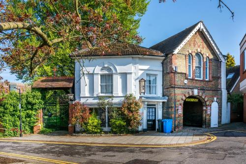 Castle Properties: The Duchess, 3 Bed Family cottage