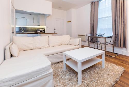 Dbeautifiers Apartments