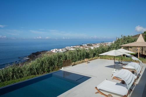 The swimming pool at or close to Sul Villas & Spa - Azores