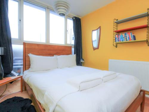 2Bed Colourful flat in Crystal Palace