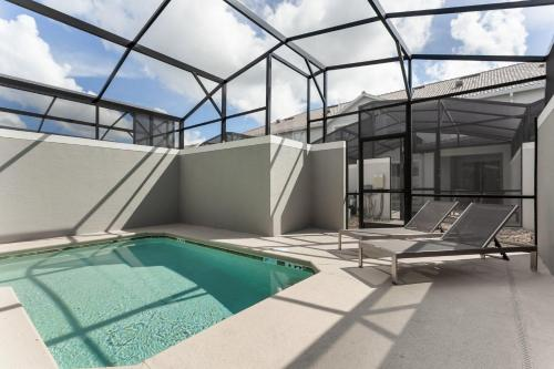 The swimming pool at or close to Luxury Resort Vacation Townhouses and Condos
