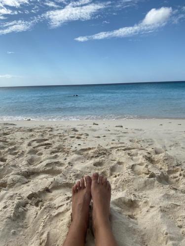 Uma praia perto do apartamento