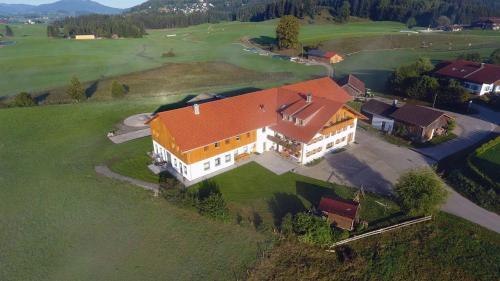 Letecký snímek ubytování Ferienbauernhof Köpf