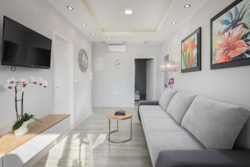 A seating area at Luxury apartman BOSSE