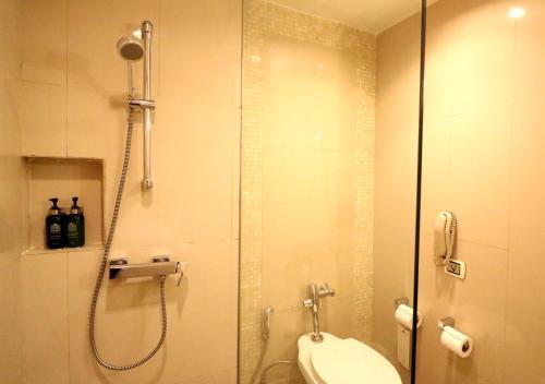 A bathroom at Dusit Princess Chiang Mai