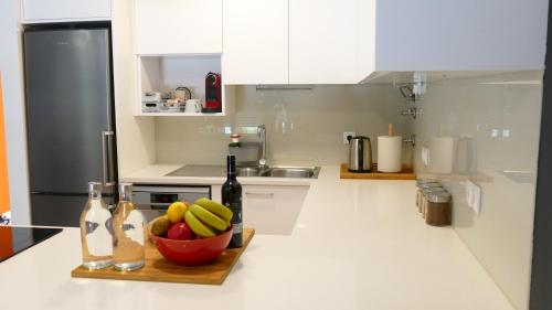 A kitchen or kitchenette at Guesthouse do Sol