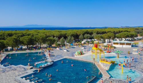 A view of the pool at Camping Village Baia Blu La Tortuga or nearby