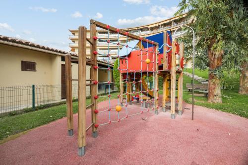 Zona de juegos infantil en Résidence Pierre & Vacances Heliotel Marine