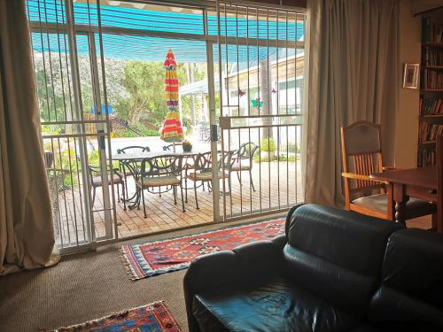 A seating area at Meintjieskop Guest House
