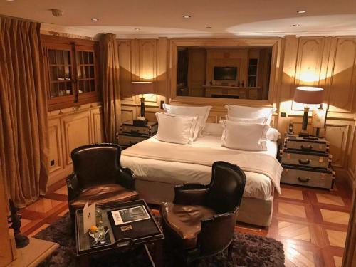 Кровать или кровати в номере Le Saint Joseph