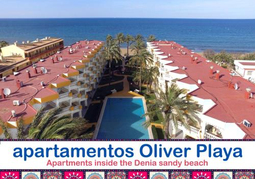 A view of the pool at Apartamentos Oliver Playa or nearby