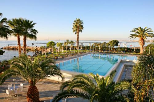 A view of the pool at Crowne Plaza Limassol or nearby