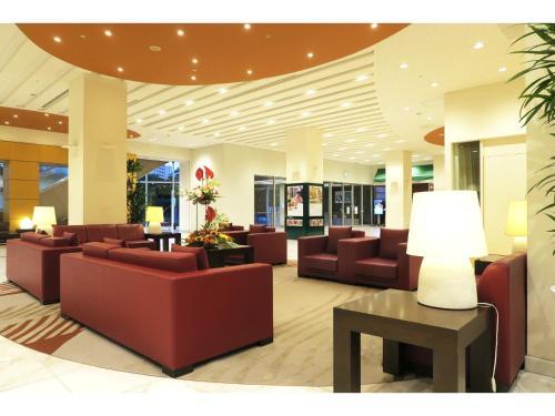 The lobby or reception area at Hotel Mielparque Kumamoto
