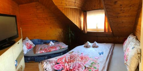 Postel nebo postele na pokoji v ubytování Apartment U Malše 12