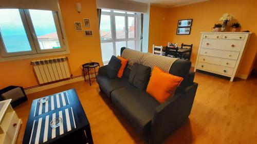 A seating area at Apartamento Talako