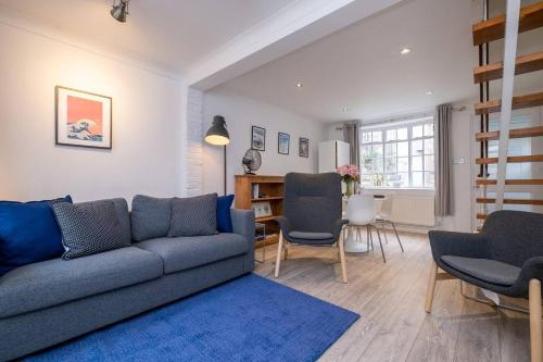 Bright, Spacious & Modern North Laine Cottage