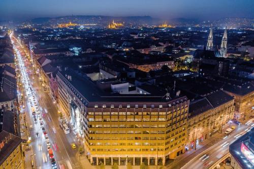Общий вид на город Будапешт или вид на город из отеля