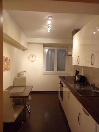 Küche/Küchenzeile in der Unterkunft Linden 2