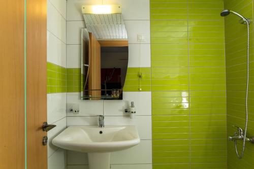 A bathroom at Pachia Ammos Falasarna