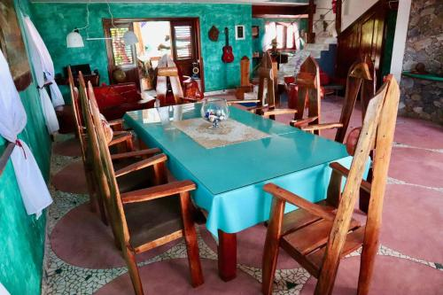 A restaurant or other place to eat at Sunset Samana