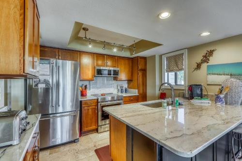 A kitchen or kitchenette at A Beautiful Sound View
