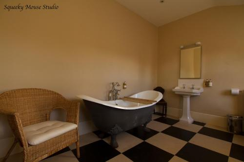 A bathroom at The Derby Arms