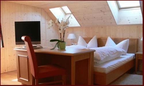 Ein Sitzbereich in der Unterkunft Gasthaus Engel