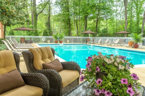 The swimming pool at or near Holiday Inn Charlottesville-Monticello