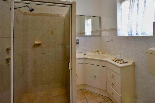 A kitchen or kitchenette at Comfort Inn & Suites Augusta Westside