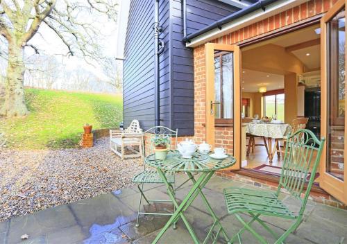 Marsh Cottage Hide
