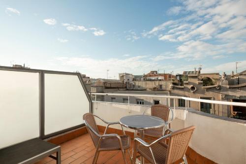 Un balcón o terraza de Barcelona Apartment Aramunt
