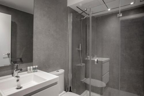 Un baño de Barcelona Apartment Aramunt