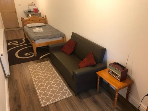 En suite studio near Birmingham City Centre