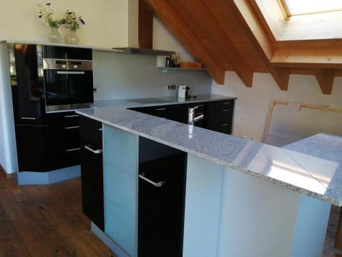 A kitchen or kitchenette at Chalet zur Rose