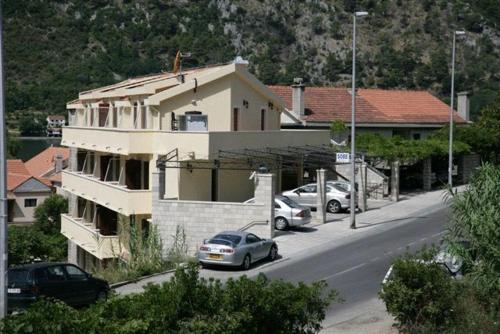 Zgrada u kojoj se nalazi privatni smještaj