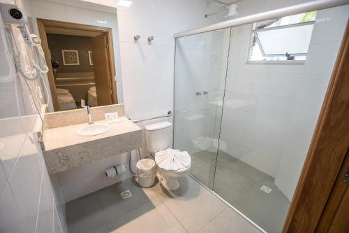 A bathroom at Hotel Morada do Sol