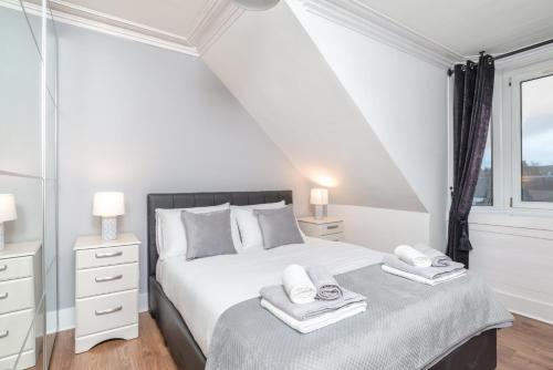 Highland Holburn Apartment