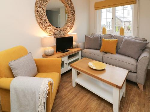 A seating area at Swallow Cottage, Ilfracombe