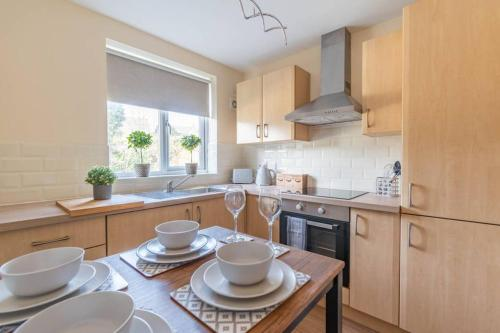 Lovely 2 Bed Apartment in Witney