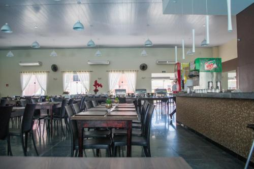 A restaurant or other place to eat at Hotel Itatiaia das Thermas